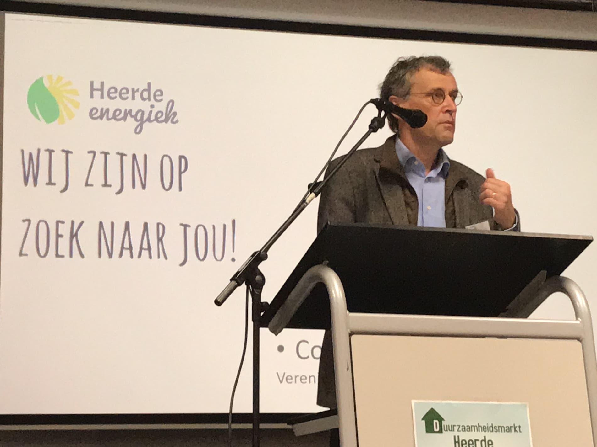 Gert de Vos geeft presentatie